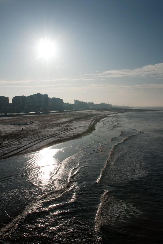 Scheveningen zonnige winterochtend pier