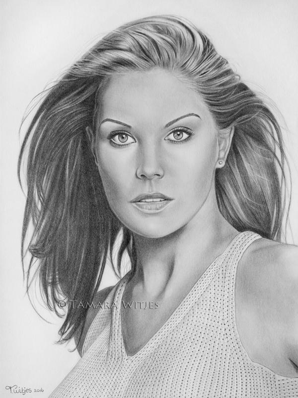 Portrettekening Paula Trickey portrettekenaar